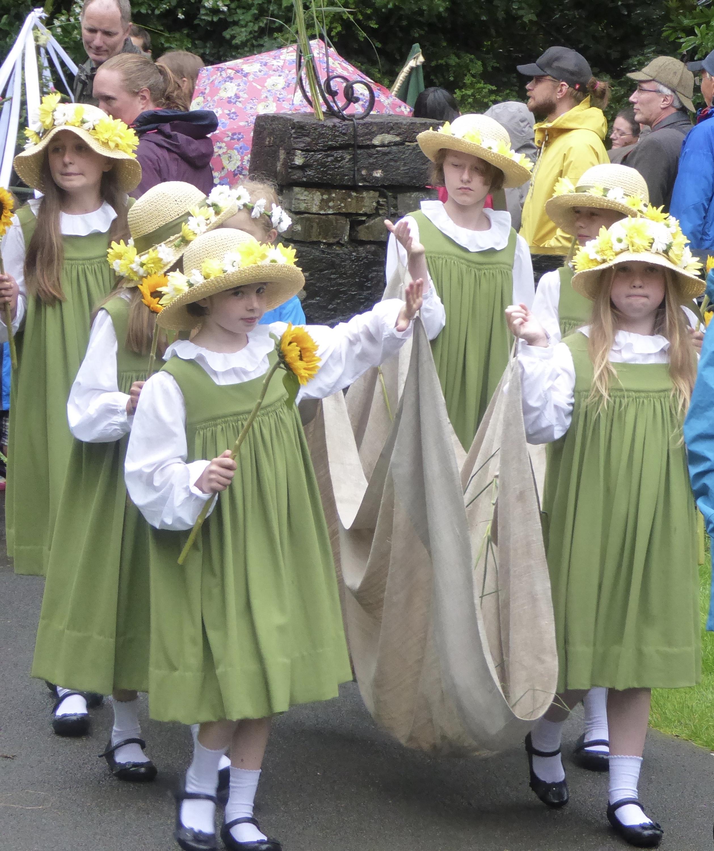 Grasmere Rushbearing Maidens 2016